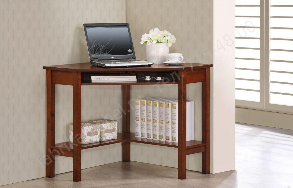 Компьютерный стол из массива дерева